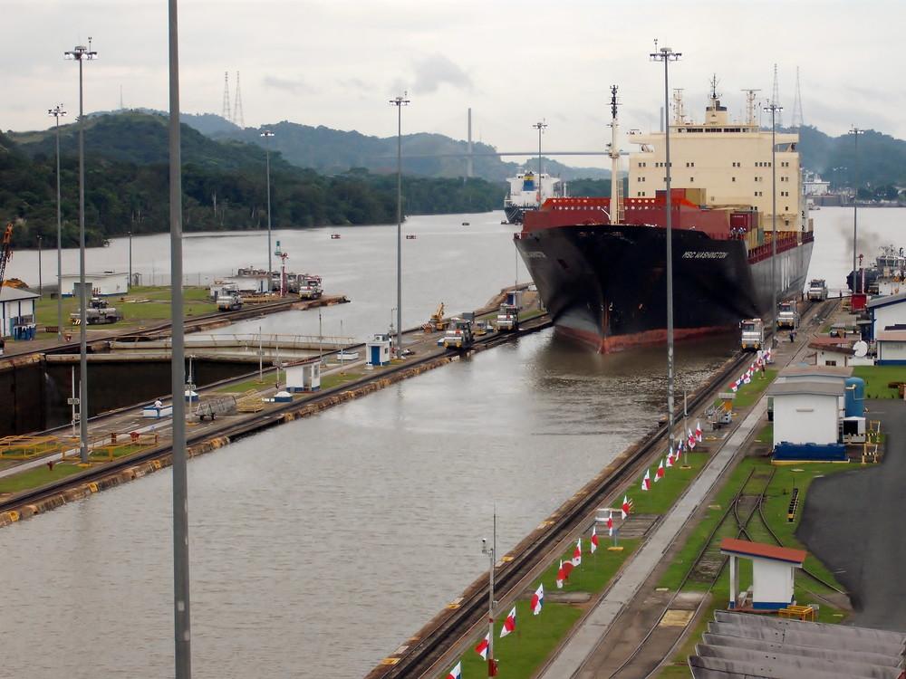 世界一周・パナマ運河観光_16.jpg