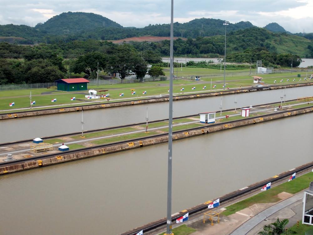 世界一周・パナマ運河観光_2.jpg