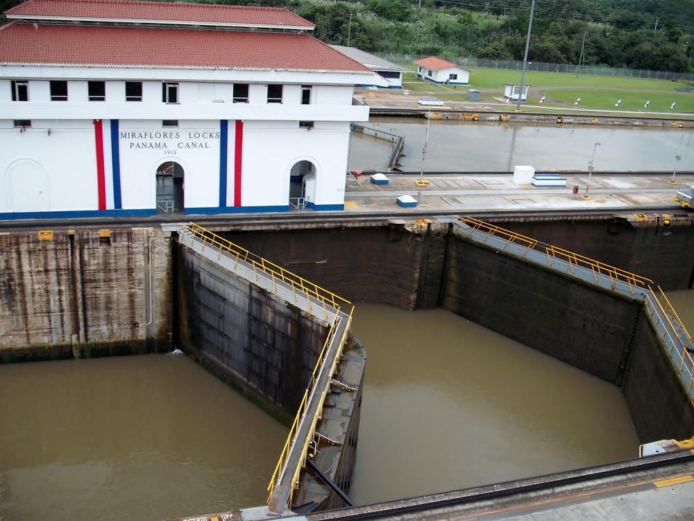 世界一周・パナマ運河観光_24.jpg