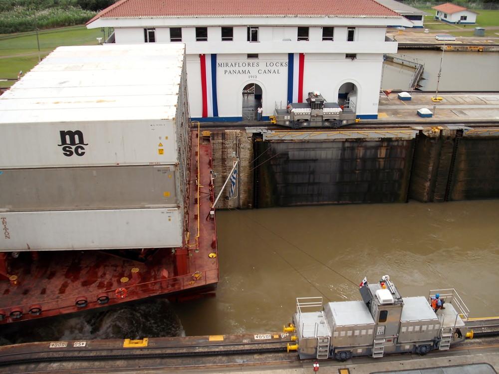 世界一周・パナマ運河観光_37.jpg