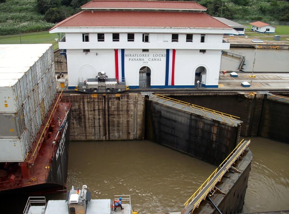 世界一周・パナマ運河観光_42.jpg