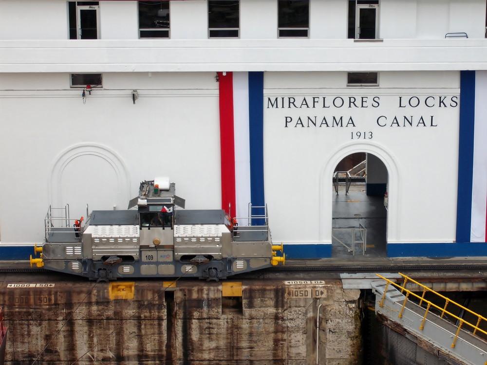 世界一周・パナマ運河観光_45.jpg