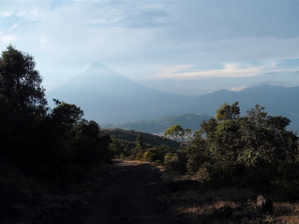 世界一周・グアテマラ・パカヤ火山観光_1.jpg