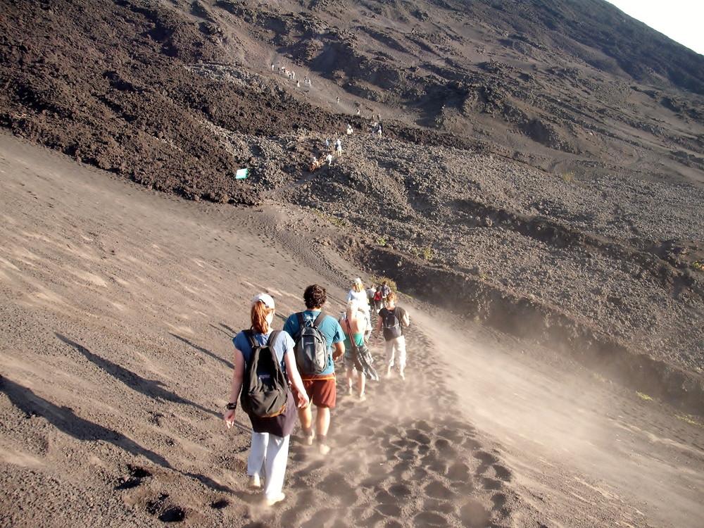 世界一周・グアテマラ・パカヤ火山観光_4.jpg
