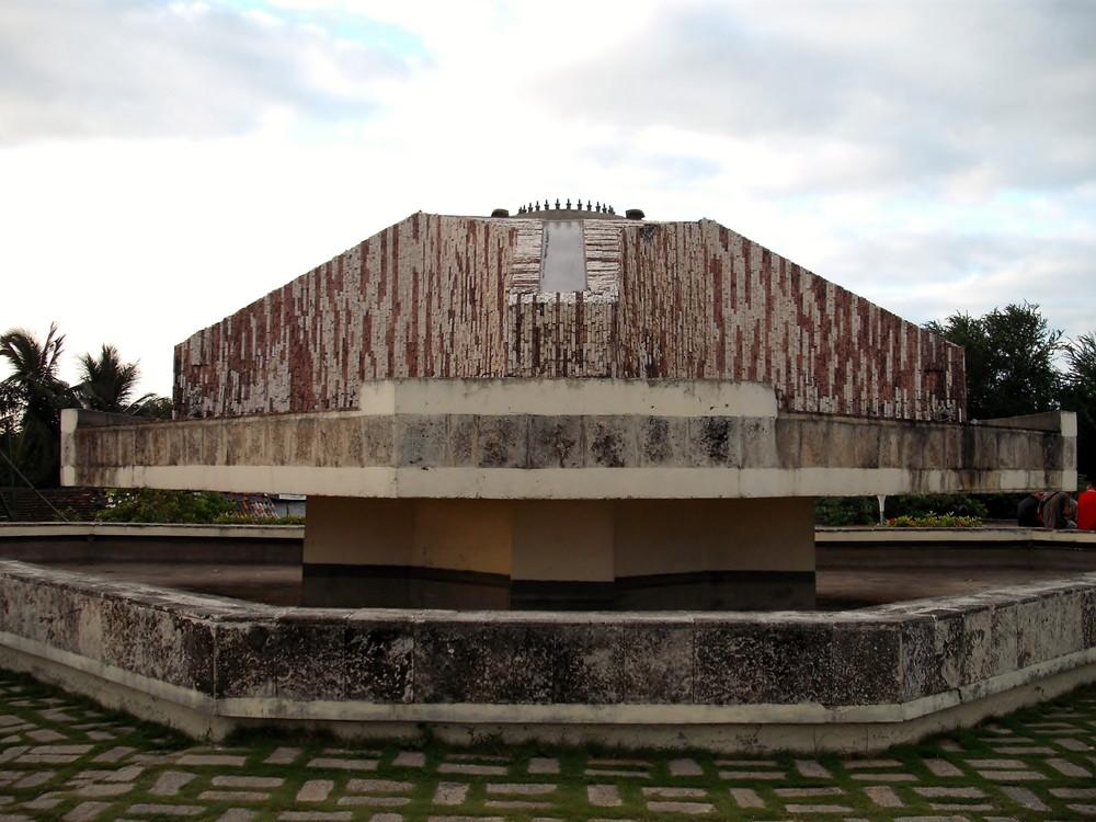 世界一周・キューバ・サンタクララ観光_16.jpg
